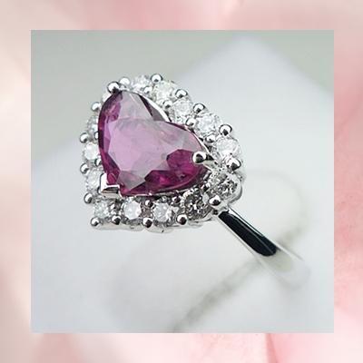 R00046: แหวนทับทิมไทยแท้ ทรงหัวใจล้อมเพชร