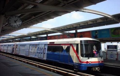 10 เดือนรถไฟฟ้าสายสีม่วง นับถอยหลังเชื่อม 1 สถานีฟันหรอ ต่อลมหายใจบ้าน-คอนโด