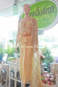 ชุดไทยสวย ที่ห้องเสื้อดีเทล ที่โคราช
