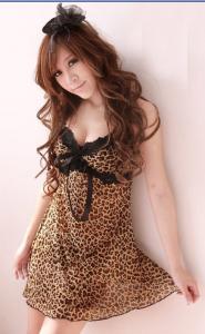 ชุดนอนเซ็กซี่ลายเสือดาวพร้อมกางเกงในตัวจิ๋ว
