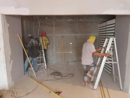รับเหมาก่อสร้างต่อเติม ซ่อมแซม งานคอนโด ทาวเฮาส์บ้าน อาคารสำนักงาน รับทุกอย่าง ราคาเป็นกันเอง สนใจติดต่อ 0894434585 ช่างสายันต์