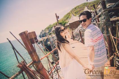 ชมภาพ Pre-Wedding ริมทะเล้...ทะเล ที่เกาะสีชัง