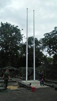 เสาธงไฟเบอร์กล๊าส  ขนาดความสูง 10 เมตร   จำนวน 2 ต้น