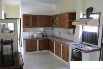 ให้เช่าบ้านเดี่ยว 2 ชั้น พร้อมเฟอร์ 103 ตร.ว.ม.ศรีวรา ถนนรามคำแหง