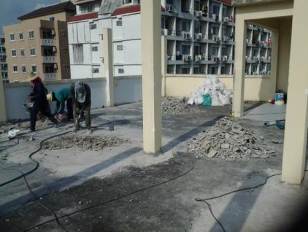 งานซ่อมพื้นและกันน้ำรั่วซึมพื้นดาดฟ้าอาคาร