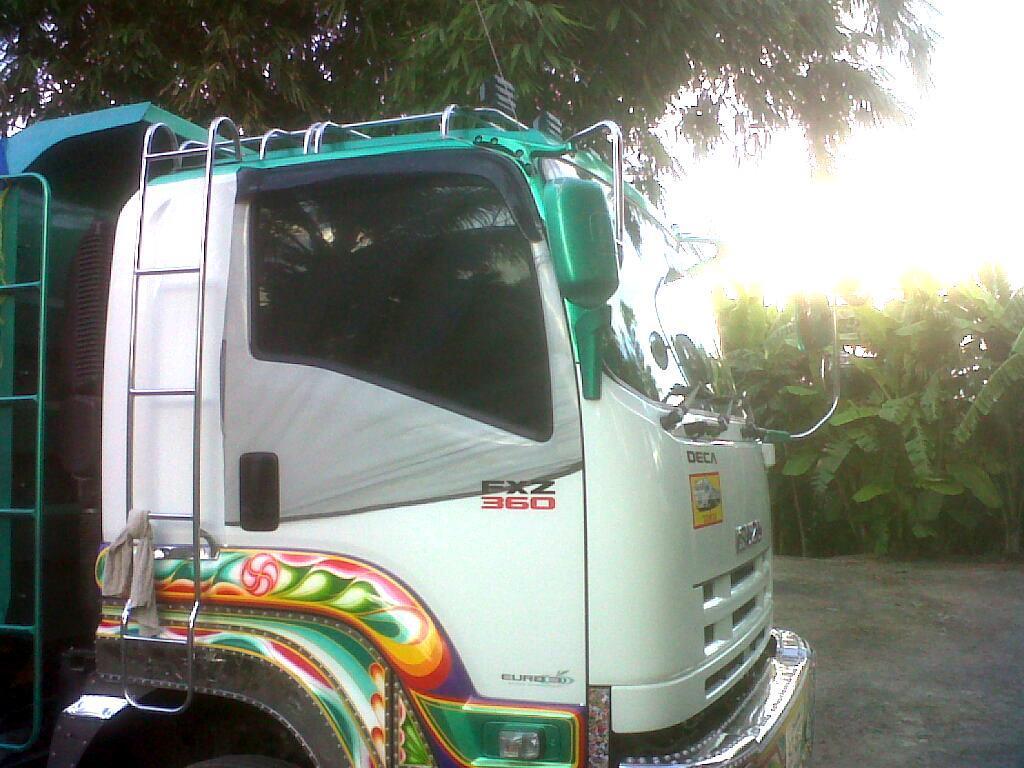 ผ้ามุ้งรถบรรทุก 10ล้อ ISUZU DECA ที่ไม่มีกระจกติดประตู