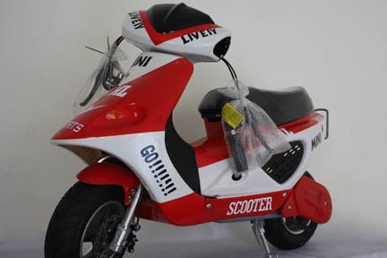 มอเตอร์ไซค์เล็ก ไฟฟ้า รุ่น Scooter เหมาะสำหรับคนรักรถคลาสิค